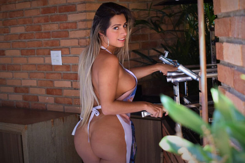 Mia Linz - melhores atrizes porno brasileiras