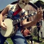 Rob Scallon: músico recria clássicos de Slayer e Slipknot com um banjo