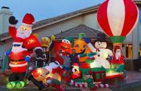 Most Ridiculous Inflatable Christmas Decorations | Tetex.com