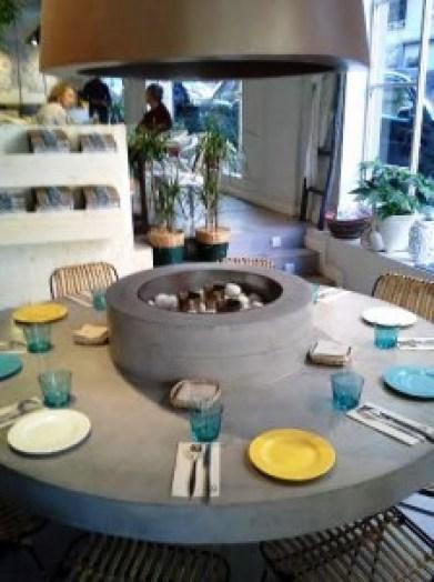 restaurante_boho_bar__comedor_mesa_redonda_te_veo_en_madrid