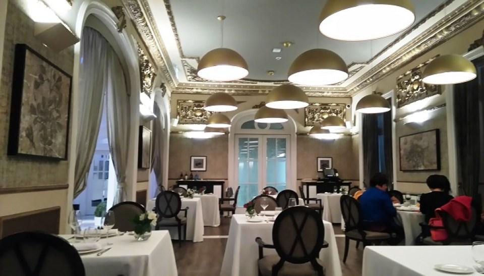restaurante-circulo-mercantil-sala-te-veo-en-madrid.jpg