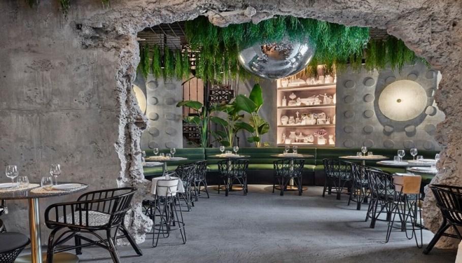 Raimunda El Restaurante Con Terraza Del Palacio De
