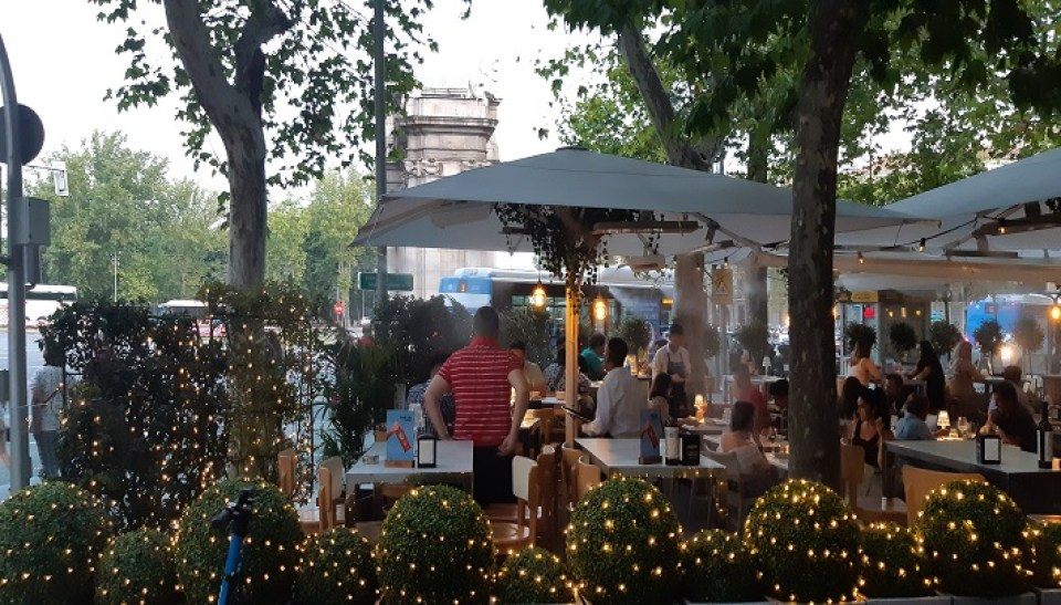 restaurante-patio-leones-terraza-te-veo-en-madrid.jpg