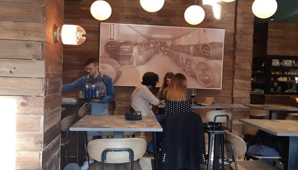 restaurante-barrio-humedo-sala-y-mis-amigas-te-veo-en-madrid.jpg