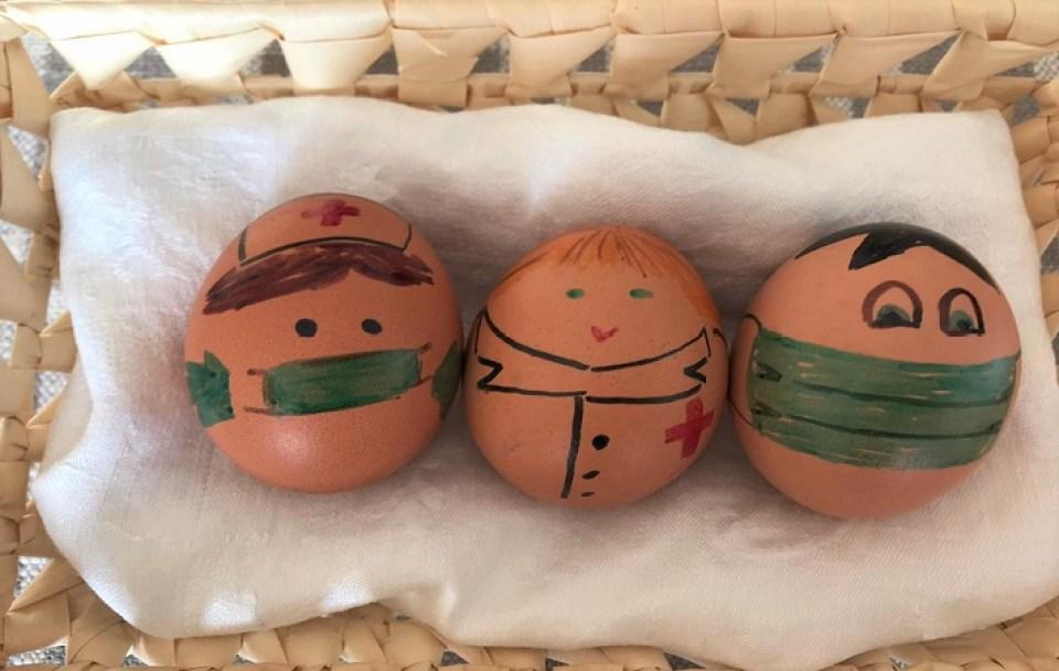 huevos-de-pascua-homenaje-a-los-que-nos-cuidan-te-veo-en-madrid.jpg