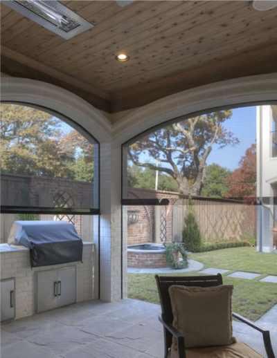 Houston retractable outdoor porch shades