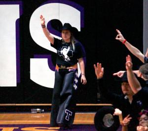 Rachel Hitt cheered on the Texans at a men's basketball game versus Texas A&M Commerce.(Photo by Denise Harroff, Texan News)