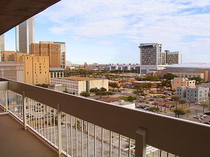 Houston House High Rise Apartments