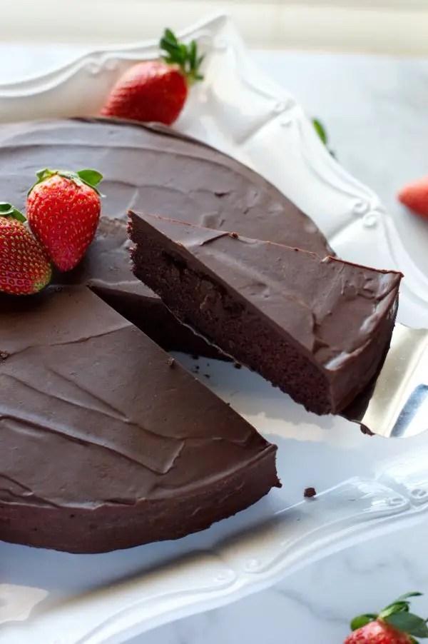 Cut Keto Chocolate Cake - Low Carb Dessert, Gluten Free
