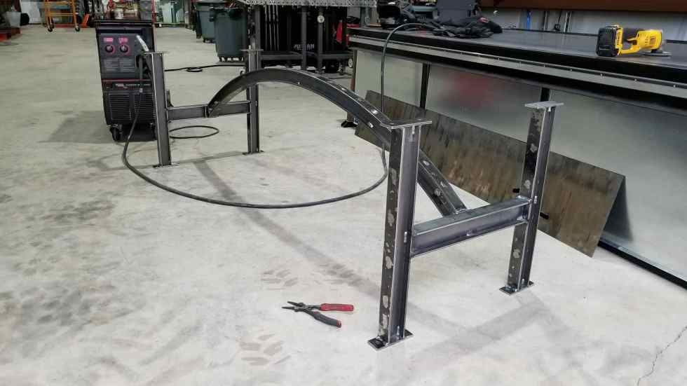 Building the Texas Elite Arched I-Beam Table Base