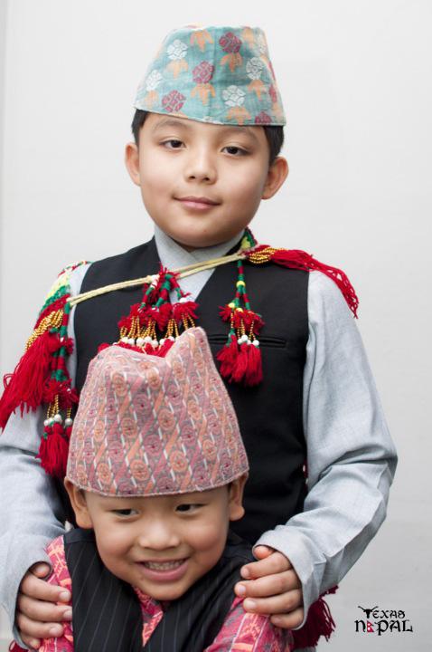 nepali-cultural-dress-photo-irving-texas-20110123-21