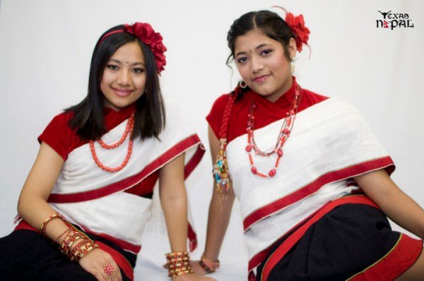 newari-cultural-dress-photo-irving-texas-20110227-23
