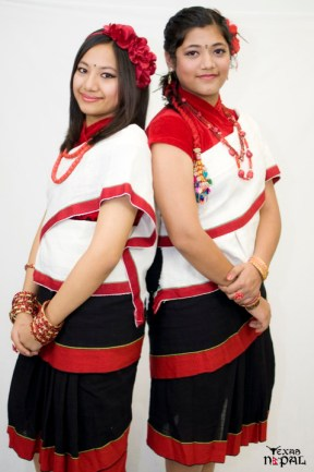newari-cultural-dress-photo-irving-texas-20110227-38