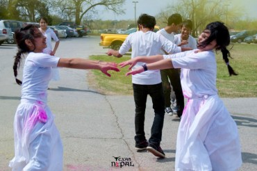 holi-celebration-ica-grapevine-20110319-15