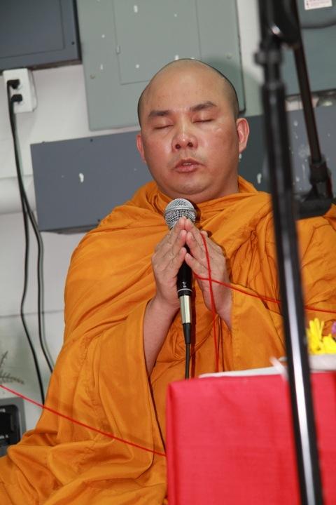 buddha-jayanti-puja-irving-20110507-6