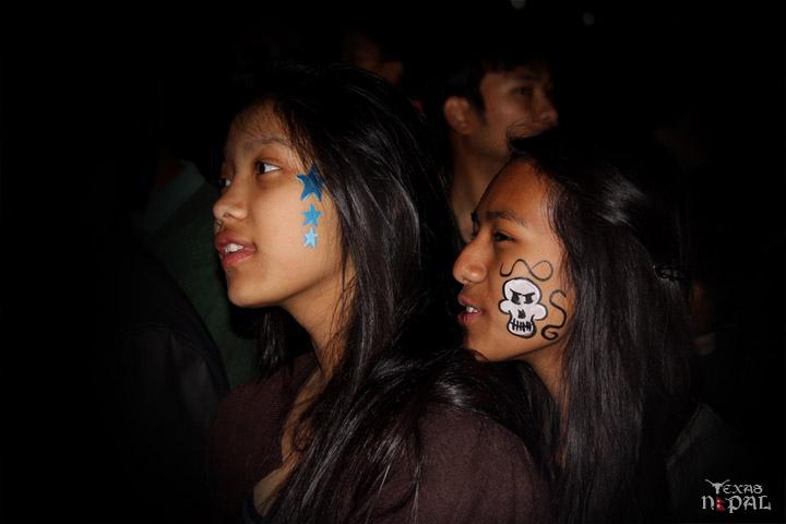 momo-mania-kathmandu-20120310-104