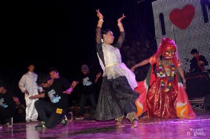 momo-mania-kathmandu-20120310-115