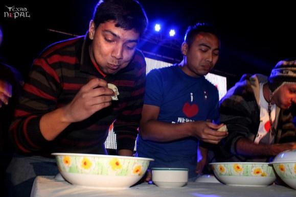 momo-mania-kathmandu-20120310-94