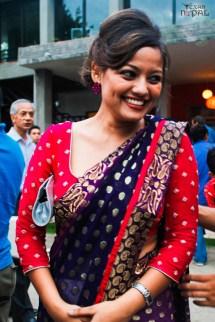 visa-girl-first-look-20120621-18