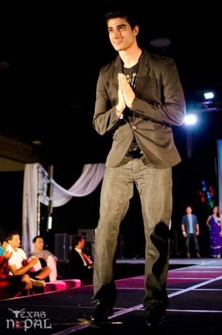 ana-fashion-extravaganza-20120630-115
