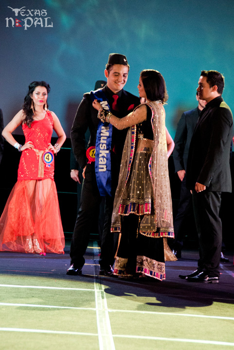 ana-fashion-extravaganza-20120630-149