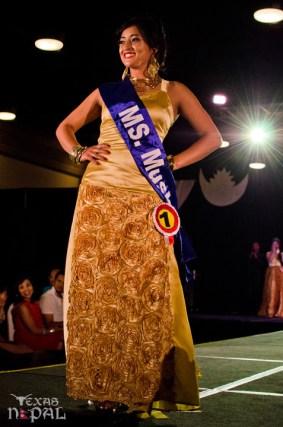 ana-fashion-extravaganza-20120630-154