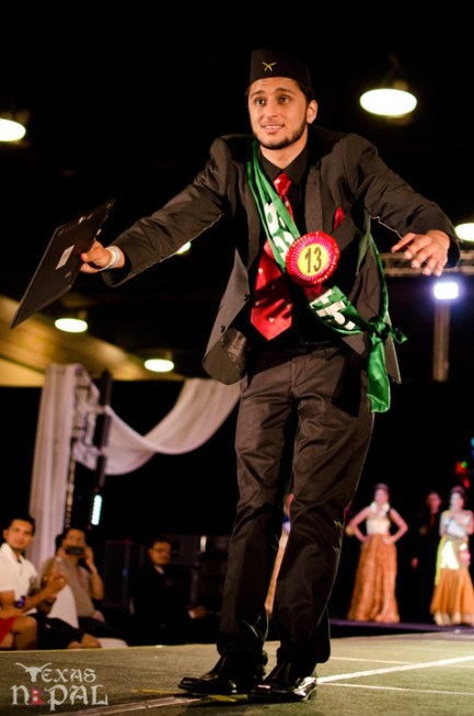 ana-fashion-extravaganza-20120630-162