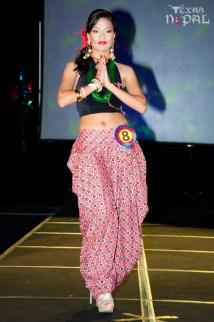 ana-fashion-extravaganza-20120630-47