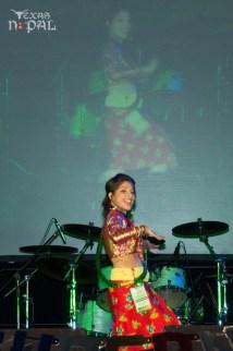ana-supernova-talent-show-20120629-25
