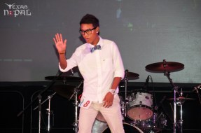 ana-supernova-talent-show-20120629-30