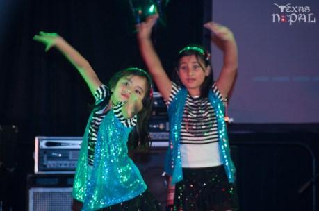 ana-supernova-talent-show-20120629-50