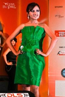 miss-teen-nepal-2012-17