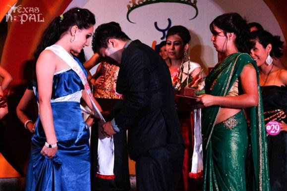 miss-teen-nepal-2012-40