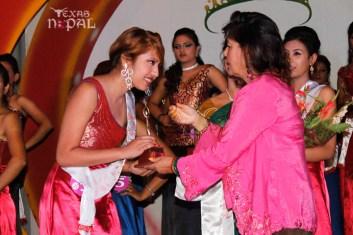 miss-teen-nepal-2012-46