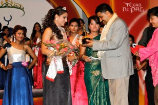 miss-teen-nepal-2012-59