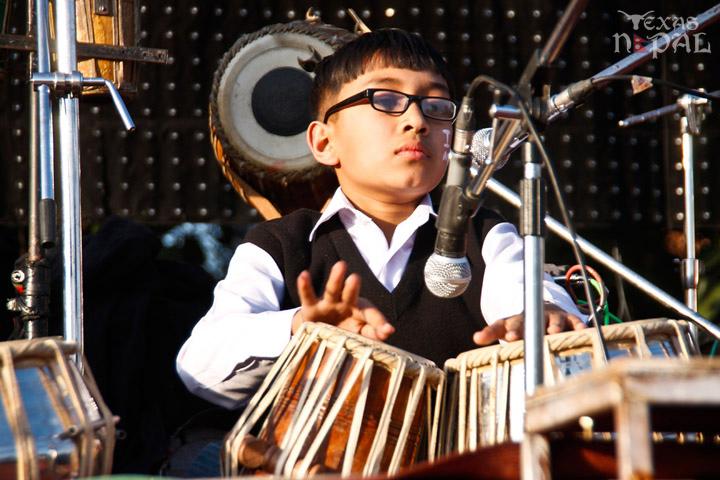 momo-mania-kathmandu-20130223-27