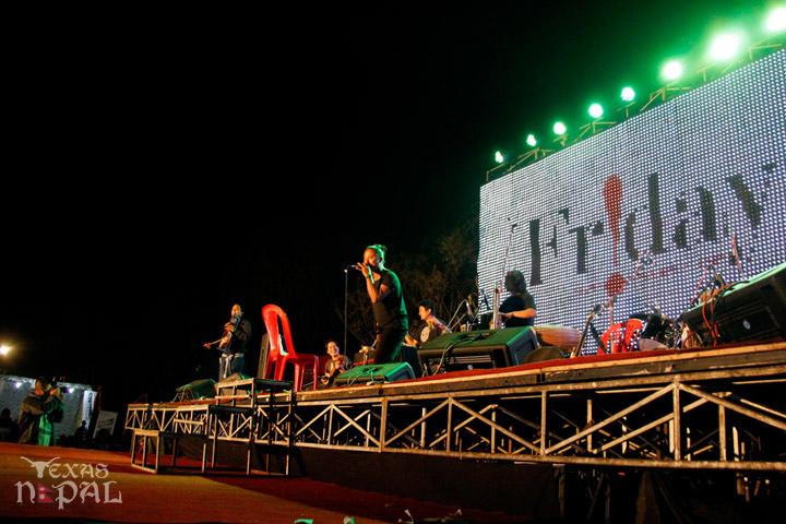 momo-mania-kathmandu-20130223-65