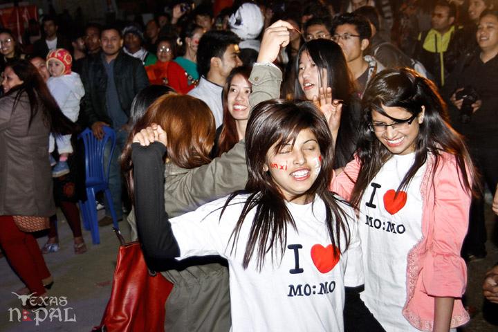 momo-mania-kathmandu-20130223-70