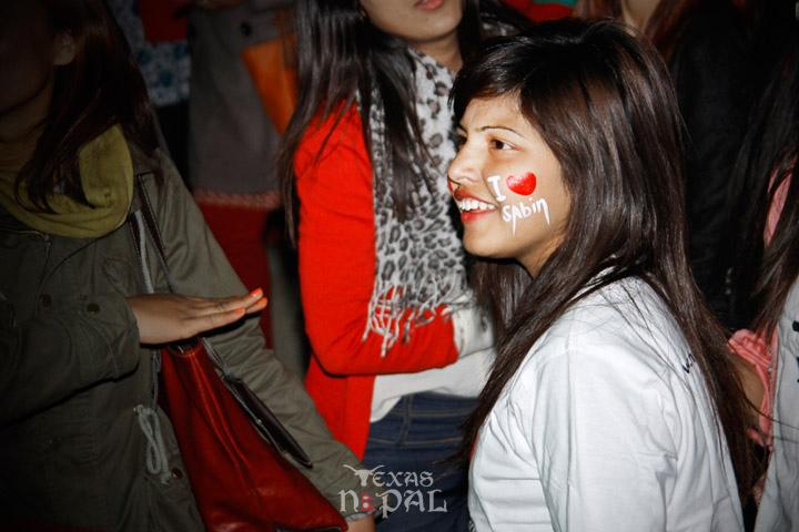 momo-mania-kathmandu-20130223-73
