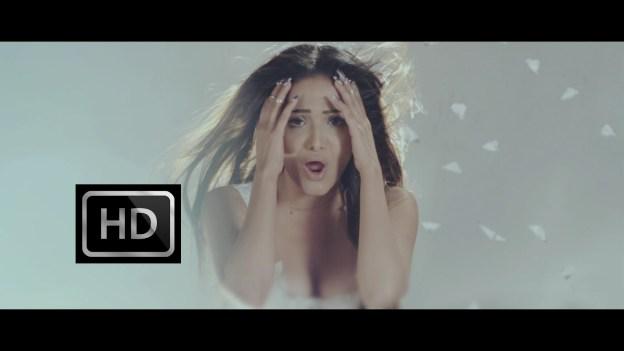 MUSIC VIDEO: Indira And Her Broken Heart Reflected On 'Ek Palta'