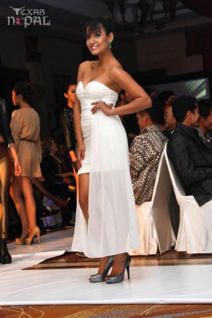the-runway-fashion-show-20130126-26