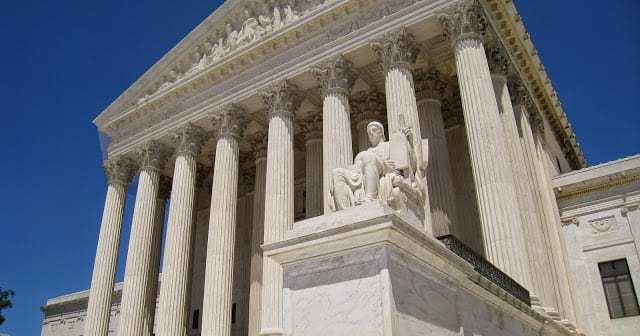Oblique_facade_2%252C_US_Supreme_Court