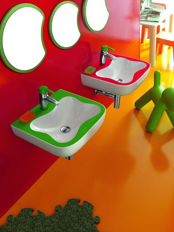 Πολύχρωμα παιδικά μπάνια από την Laufen