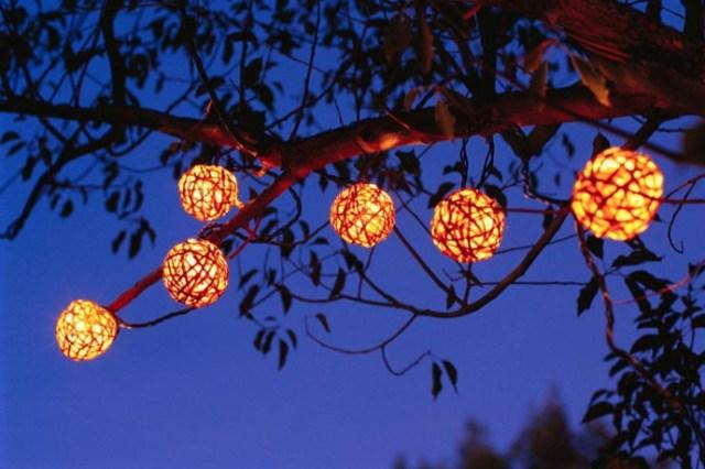 Χριστουγεννιάτικες ιδέες διακόσμησης με εξωτερικά φωτάκια2