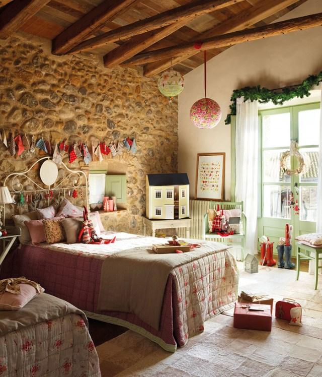 Χριστουγεννιάτικη ατμόσφαιρα σε ένα  παραμυθένιο σπίτι16