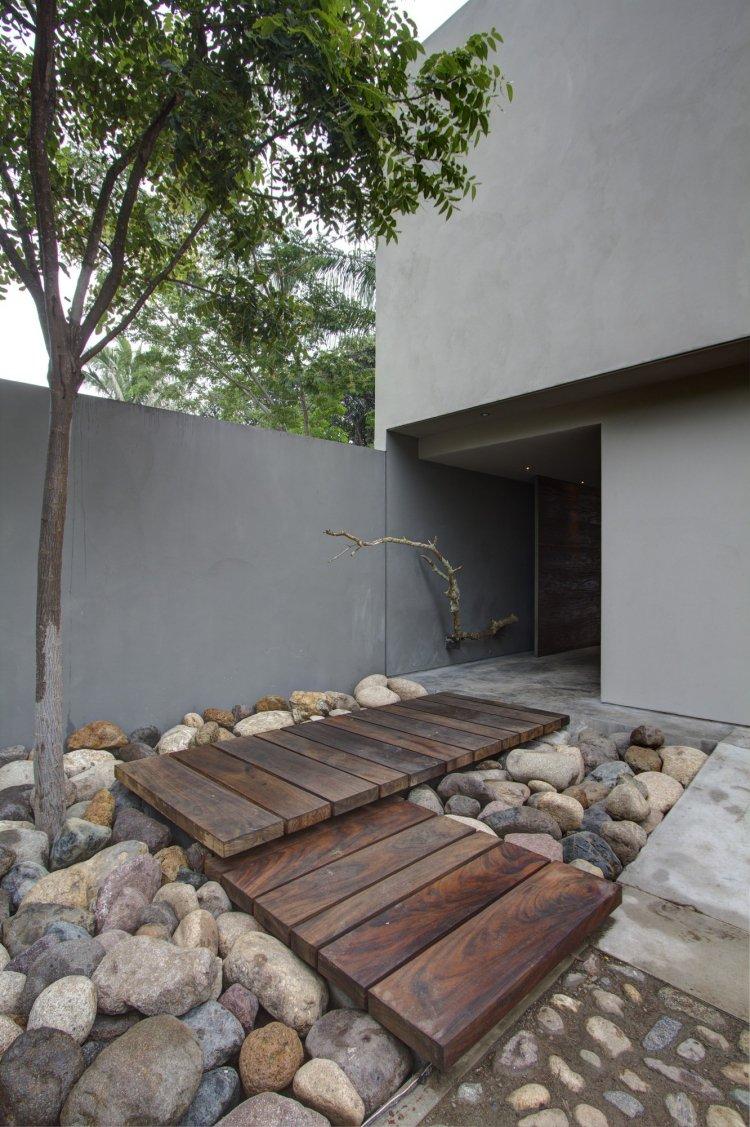 ιδέες με ξύλινα μονοπάτια κήπου17