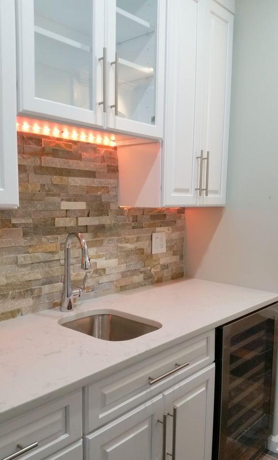 ιδέες με πέτρες, τούβλα και βότσαλα για τοίχους κουζίνας10