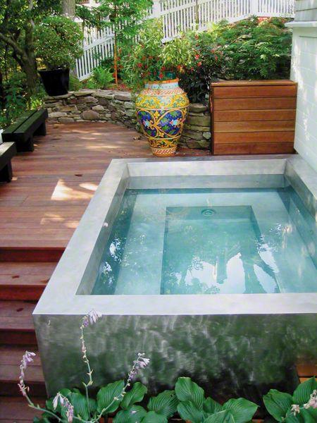 μικρή πισίνα στον κήπο18