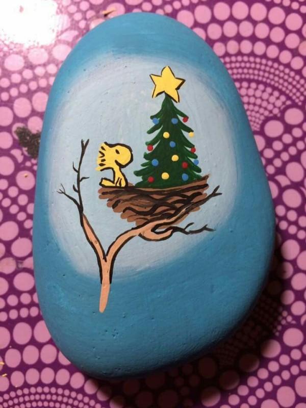 Χριστουγεννιάτικη ζωγραφική σε πέτρες και βότσαλα11