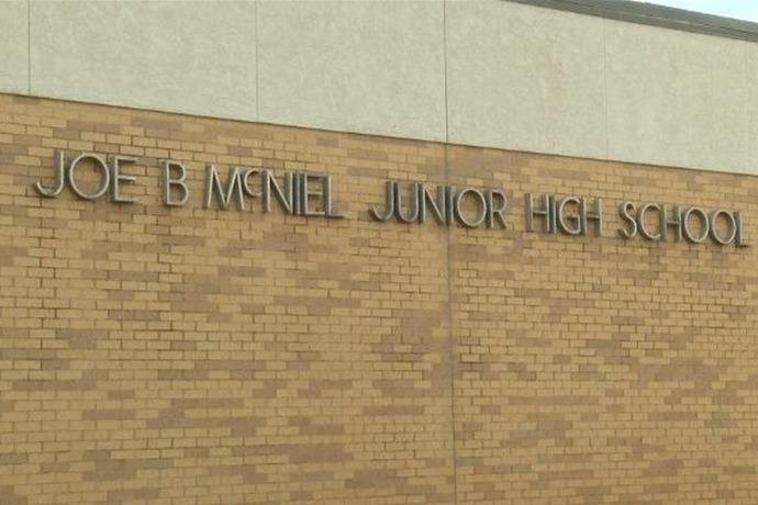 McNiel Junior High School, student_8251722112426263121